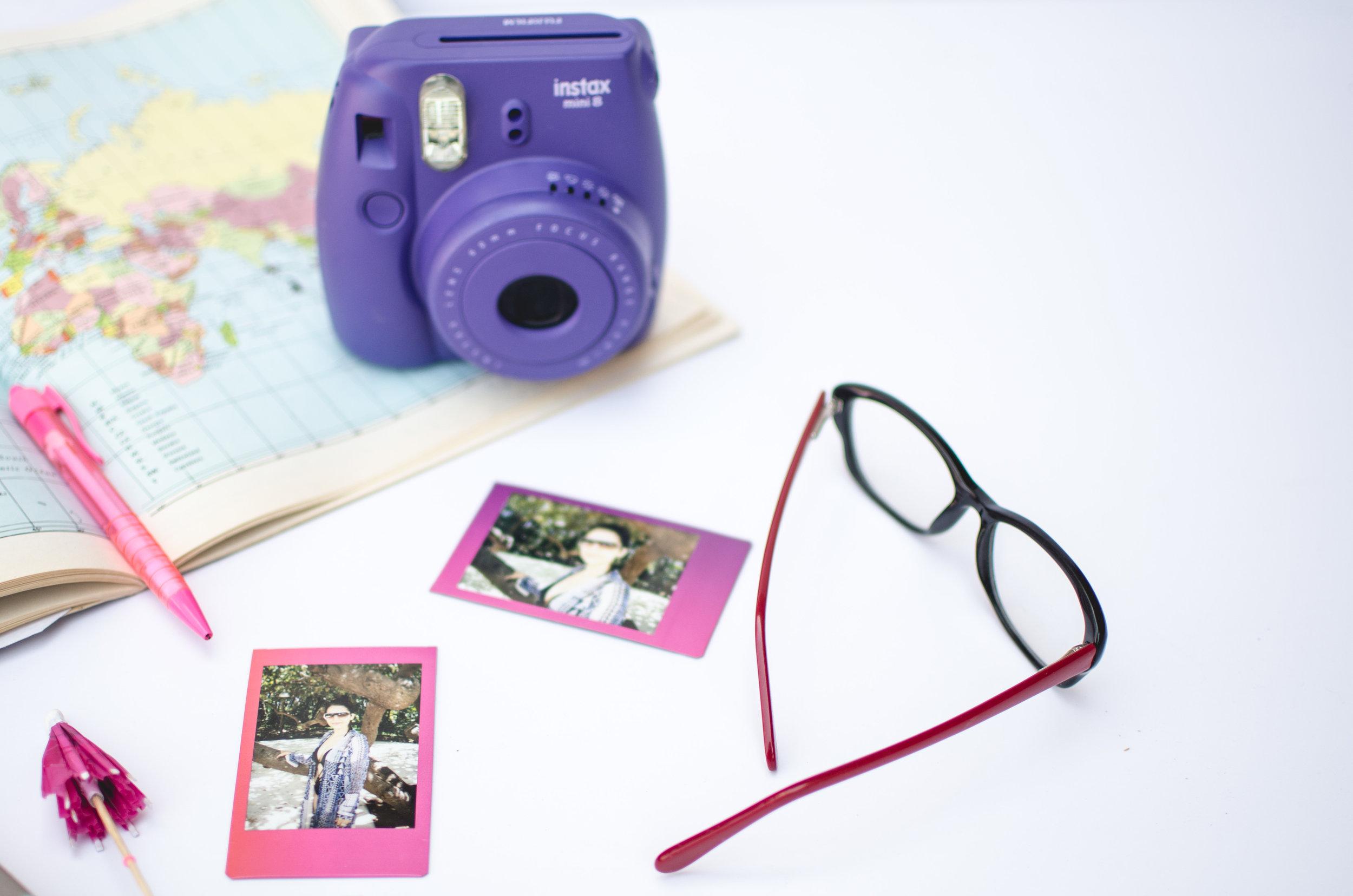 Fujifilm Instax & polaroids for a blog