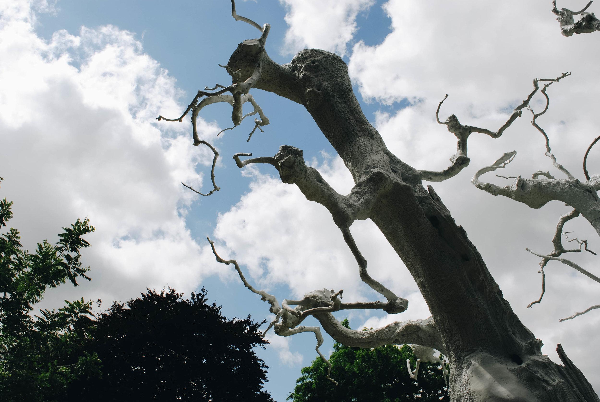 frieze sculpture regents park (3 of 15).jpg