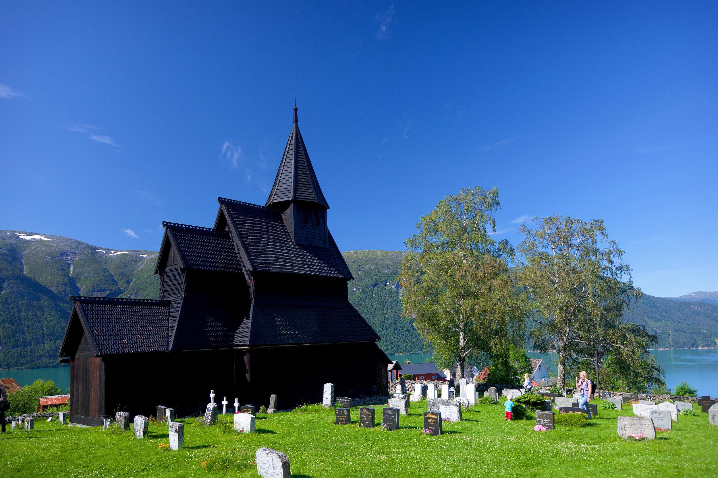 Urnes-stavkyrkje-05-380627.jpg