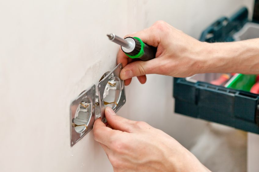 Installer un interrupteur, un radiateur,changer une ampoule... -