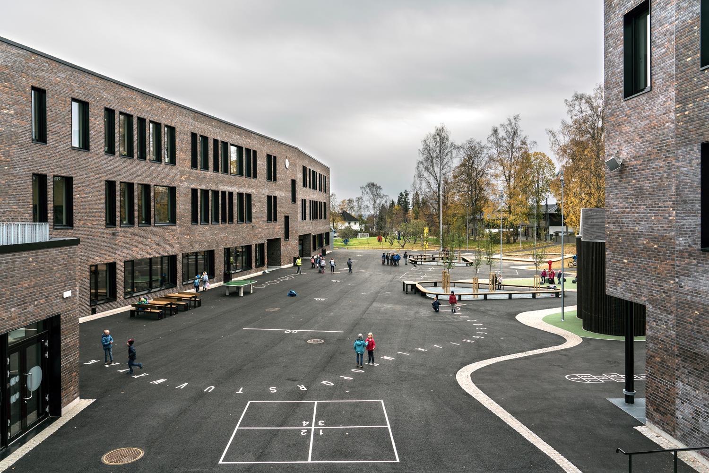 Holmen-skole-06.jpg