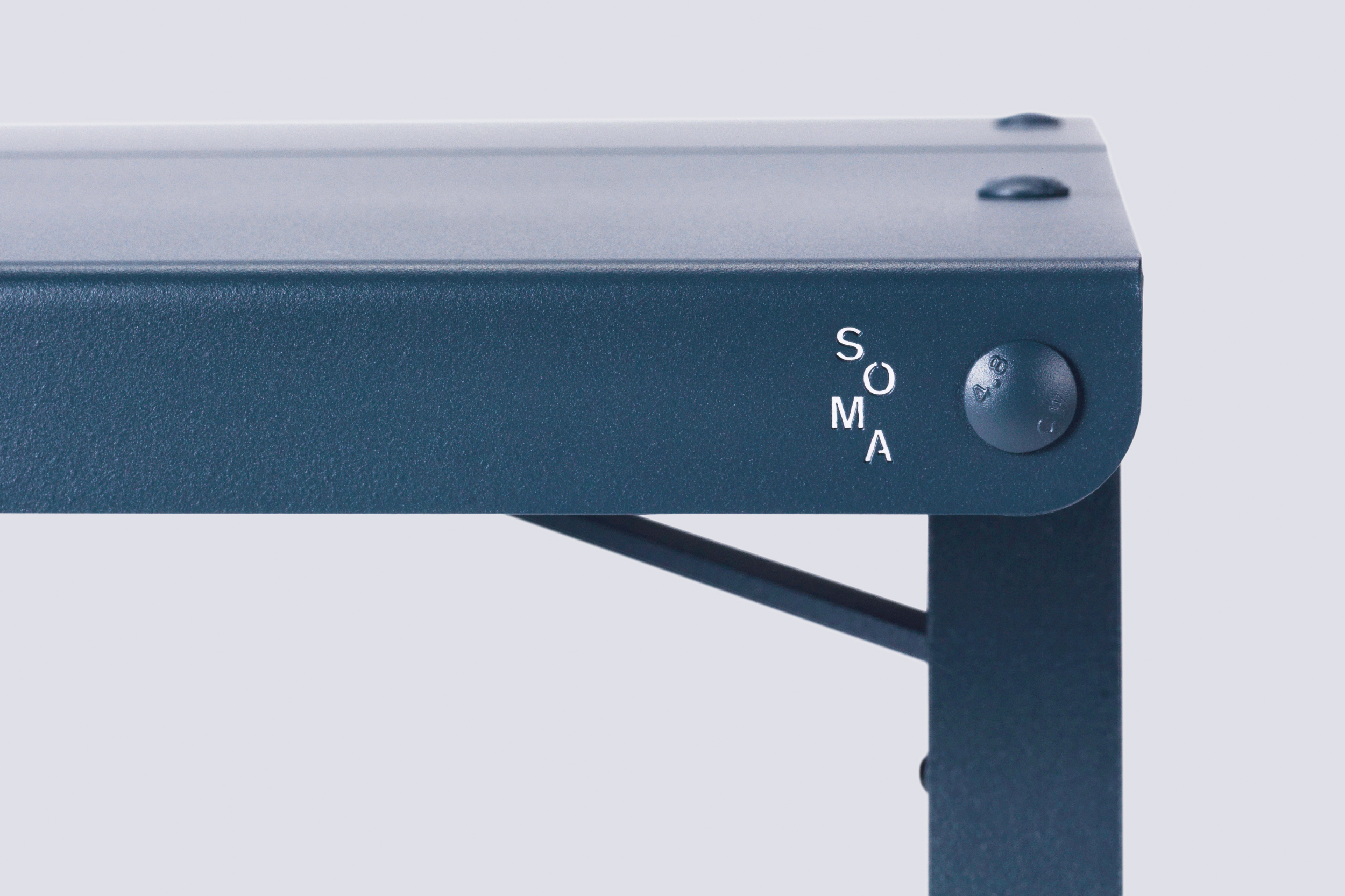 soma_table_03.jpg