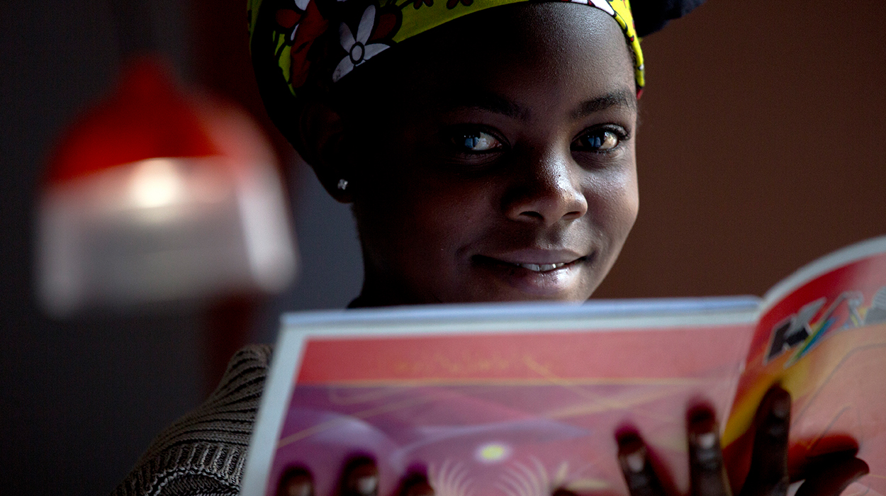 50 NIGHTS IN KENYA   Social media strategy & daily content for NGO GravityLight