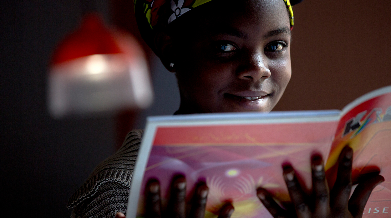 GravityLight is changing lives in Kenya and Starstruck was there to capture its launch