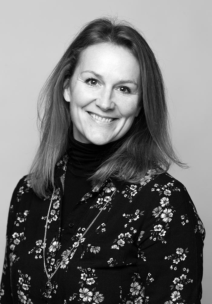 Karen Forberg er sjefredaktør for norsk skjønnlitteratur i Forlaget Vigmostad & Bjørke. Hun har jobbet som forlagsredaktør i Schibsted Forlag og Vigmostad & Bjørke siden 2002, etter fullført hovedfag i Nordisk språk og litteratur ved Universitetet i Oslo.