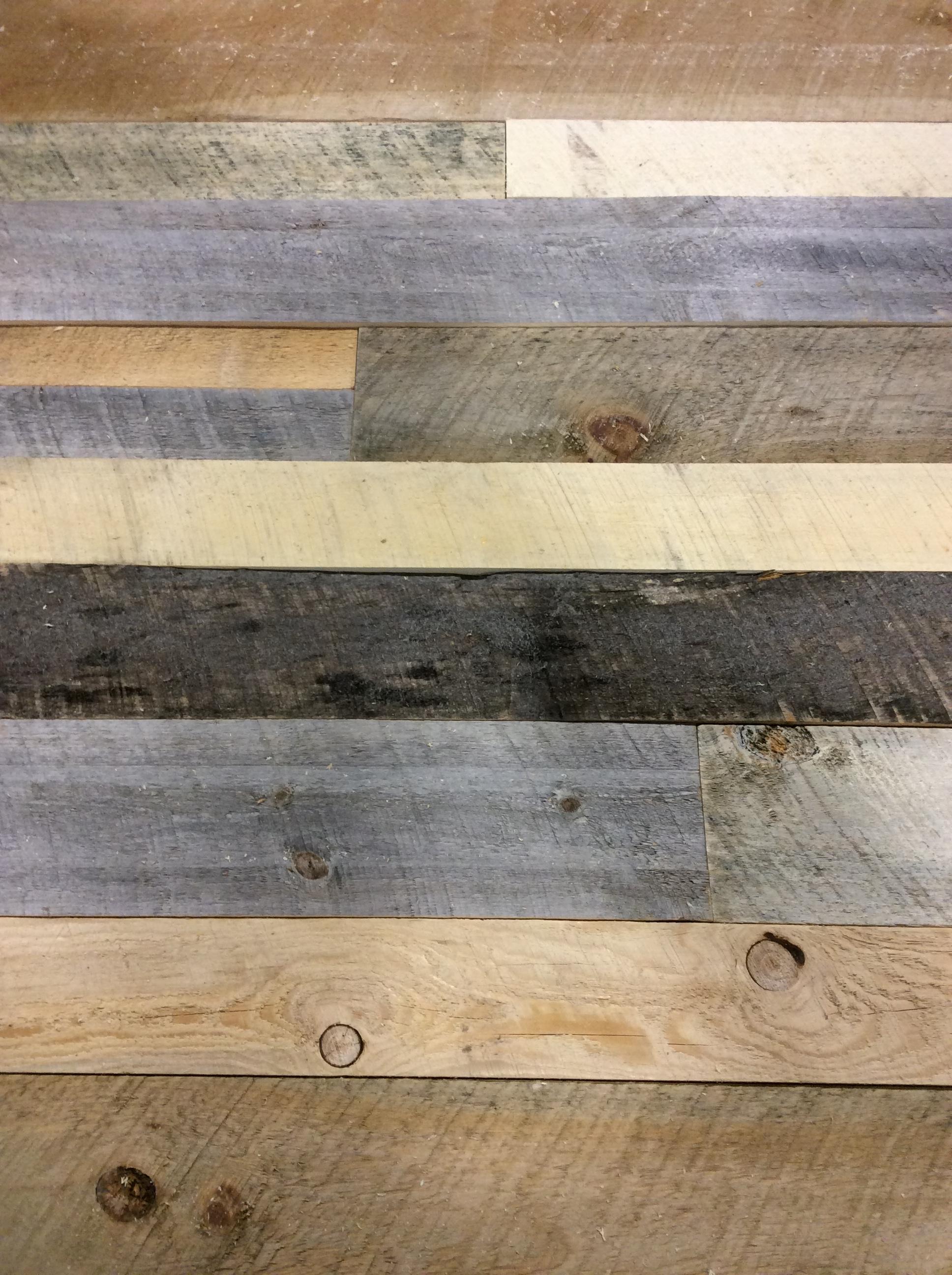 Pallet Wood Wall.JPG