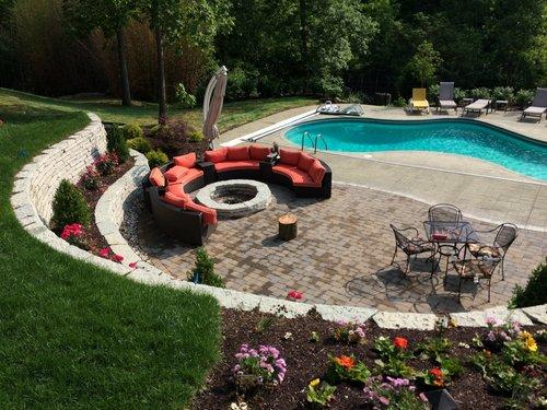 Backyard-Graduation-party-planning.jpg