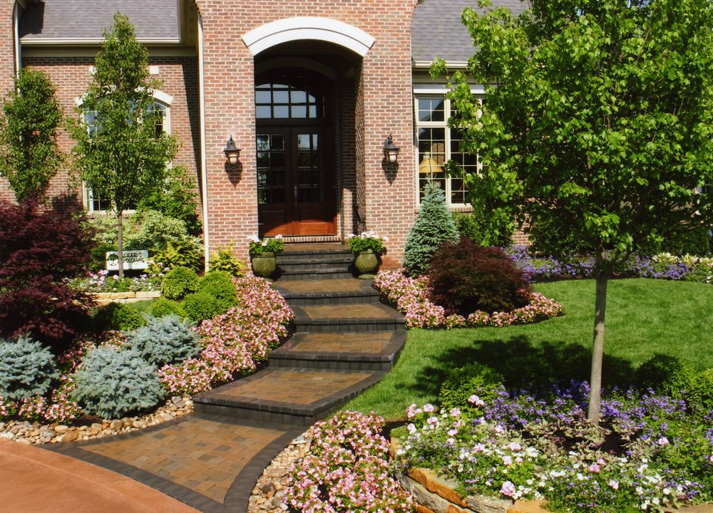 award-winning-cincinnati-landscaping-pros-2 - Copy.jpg