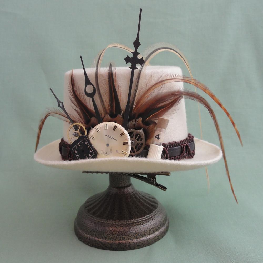Mini Top Hat 1 (2).jpg