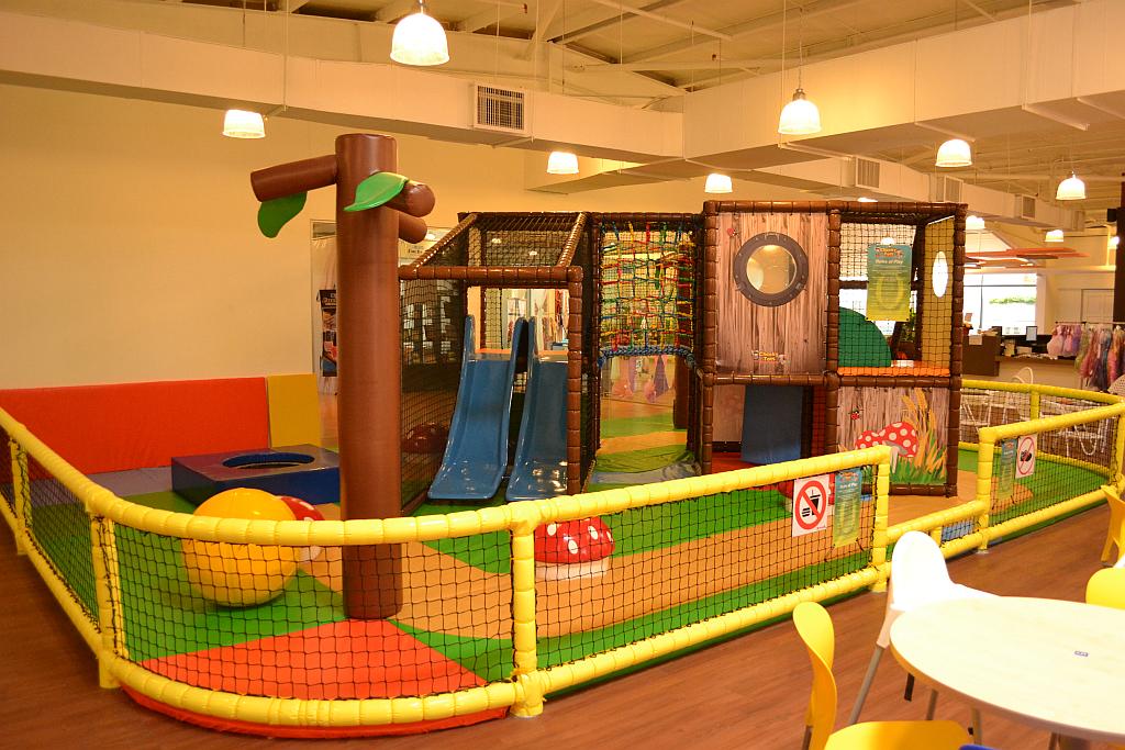 Toddler_climb_frame_1.jpg