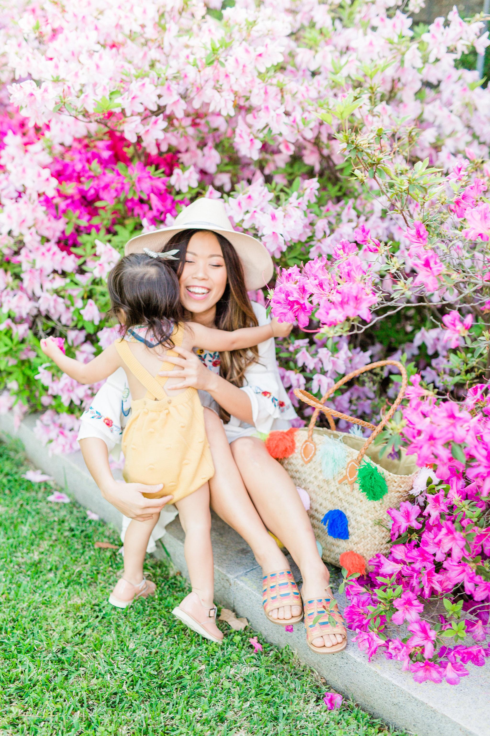 Joyfullygreen Comfortiva Brileigh Houston Azalea Trail Photoshoot. Pom Pom bag rainbow sandals mommy and me.jpg