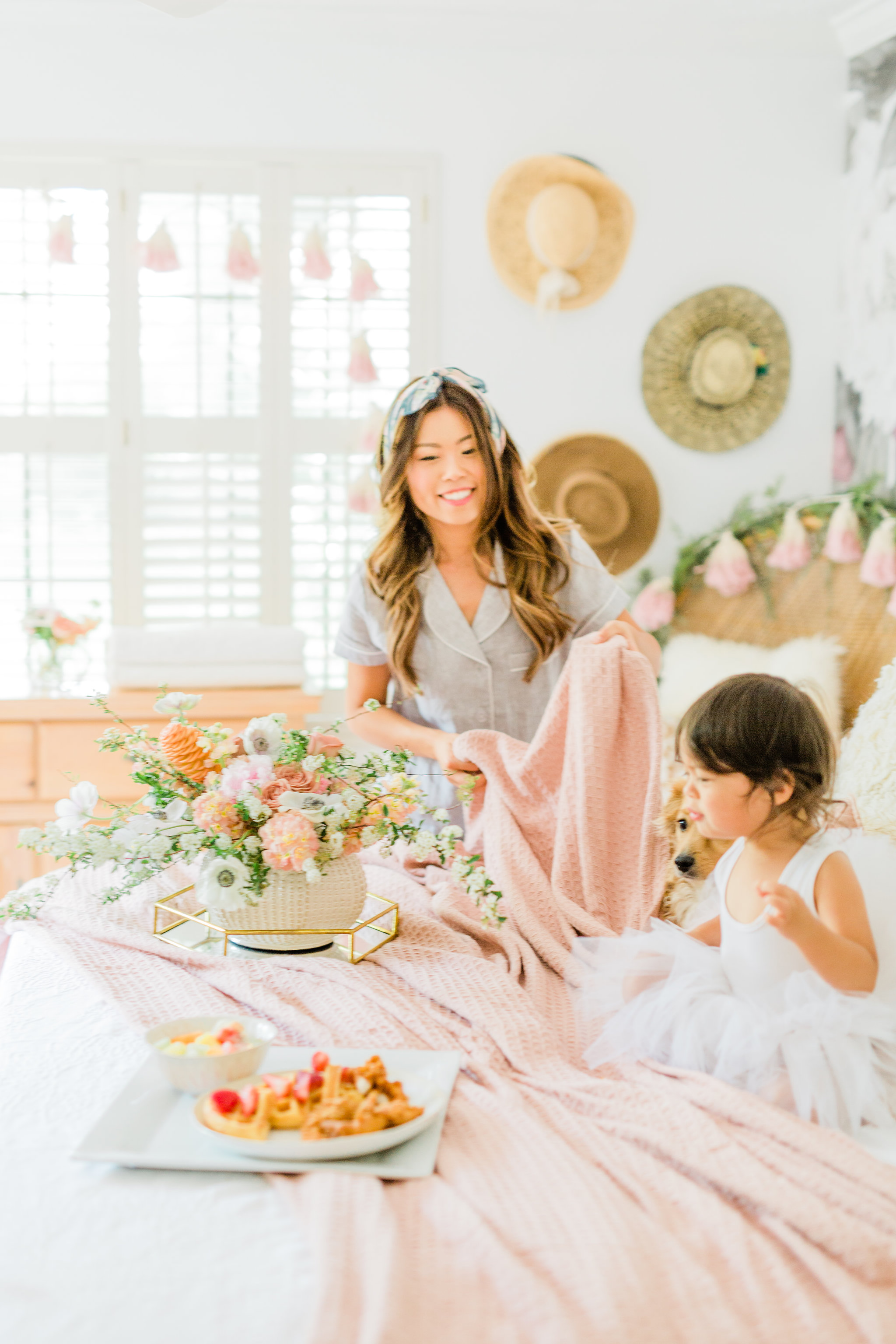 Neutral Blush and White Spring Master Bedroom Makeover, How to make and dress a bed in 3 steps