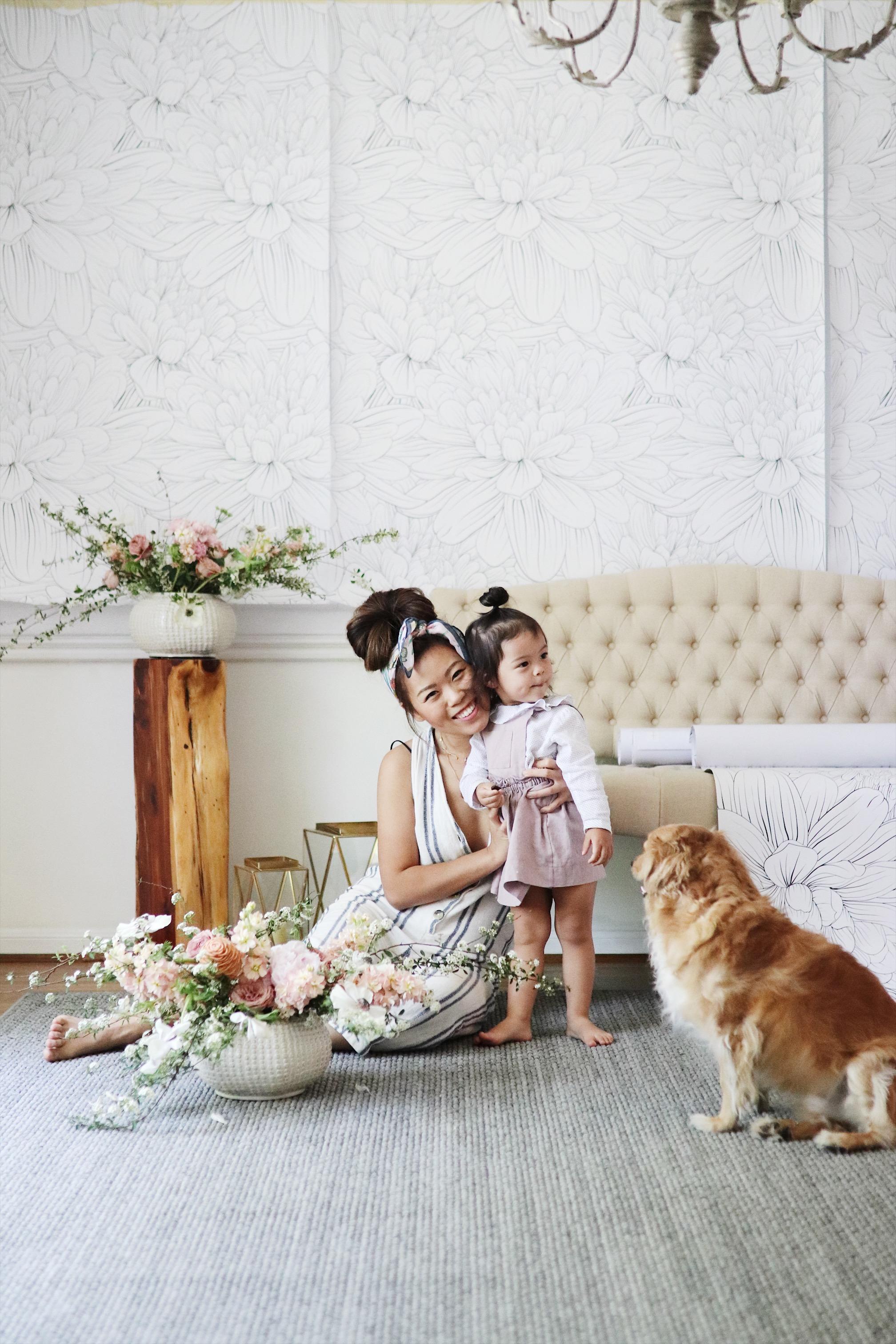 removable floral wallpaper dining room design  makeover