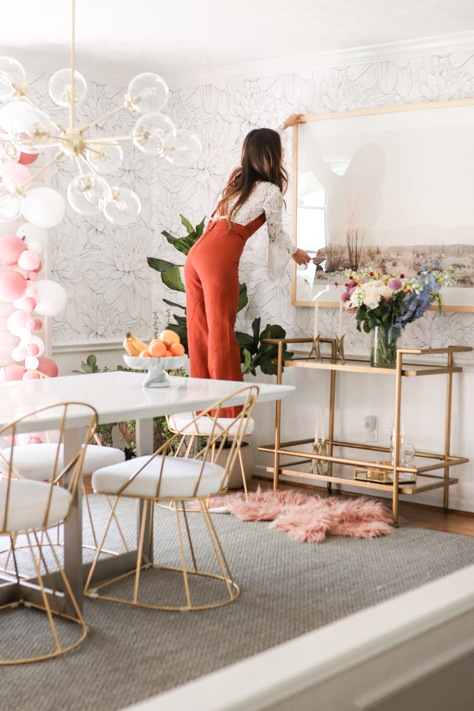 Home decor blogger Joyfullygreen wallpaper dining room makeover how to choose art with minted -09.jpg