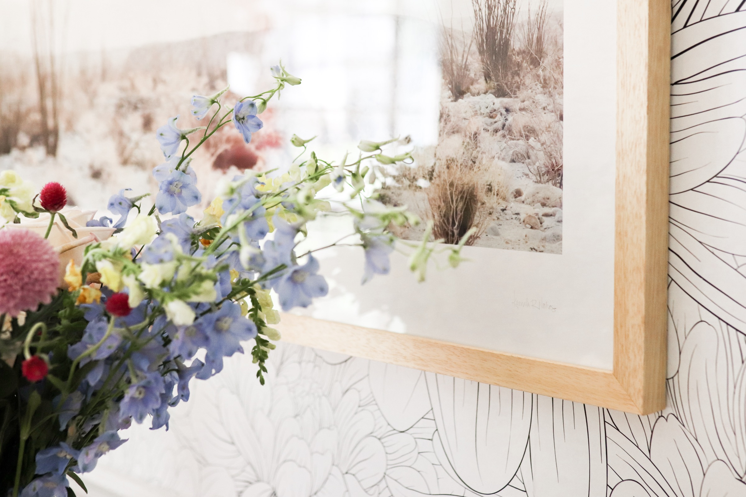 Home decor blogger Joyfullygreen wallpaper dining room makeover how to choose art with minted -11.jpg