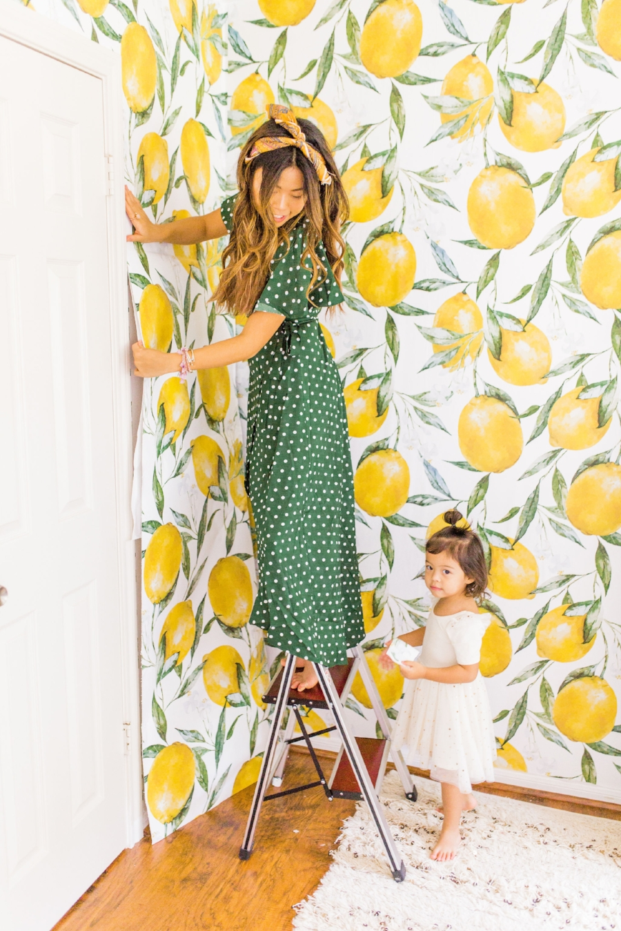 4 things you should know before installing wallpaper. Lemon wallpaper guestroom before and after