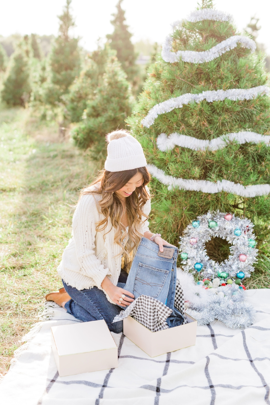 Gift Guide for Dads on the Go – Something to Wear, Eat, Want and Need Christmas Tree Farm Engagement Family Pictures