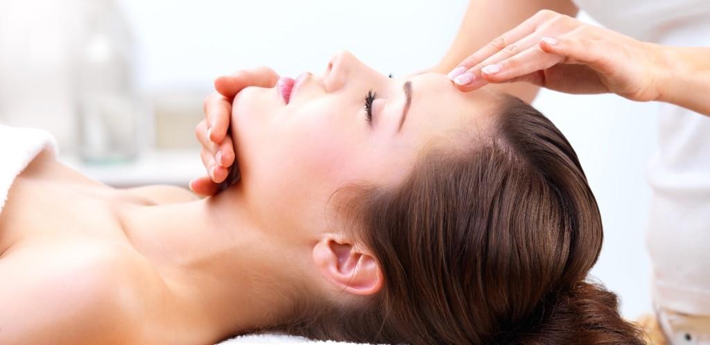 Head-Face_Massage-e1395105090718-1024x498.jpg