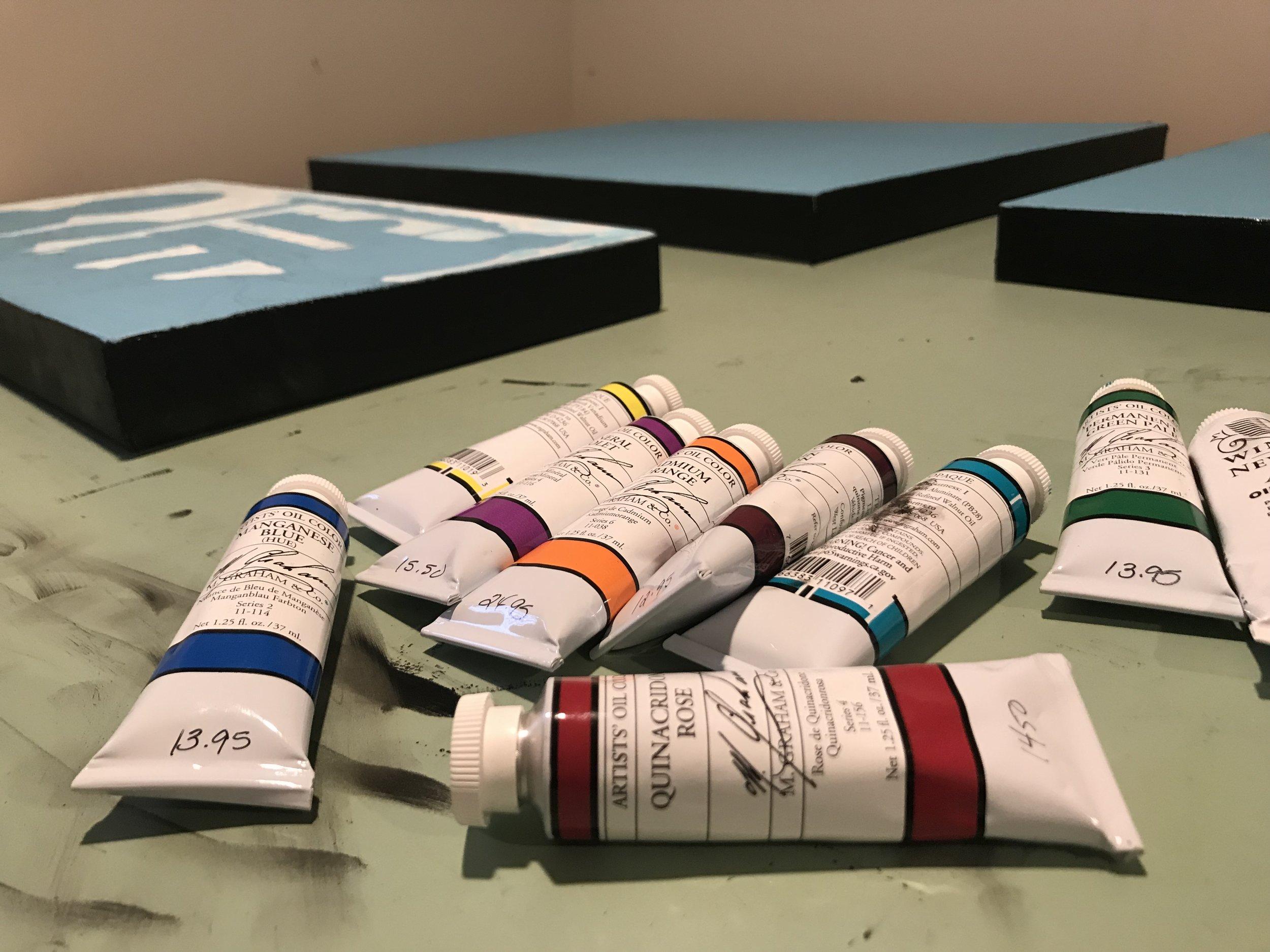 rolling art gallery