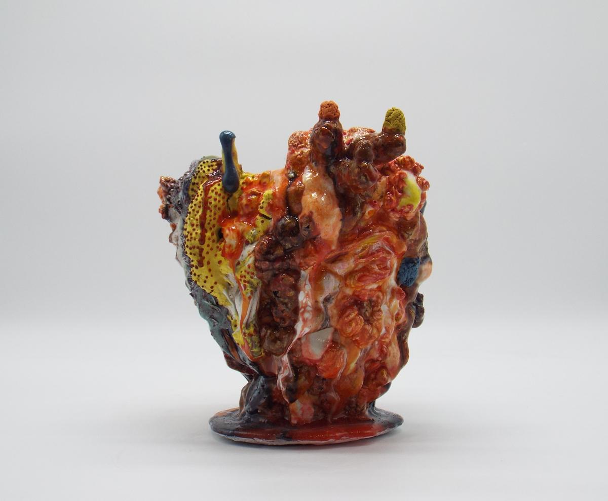 """Kazuhito Kawai, """"Suidobata"""", 2019, ceramic, 23 x 24 x 23 cm ©Kazuhito Kawai"""