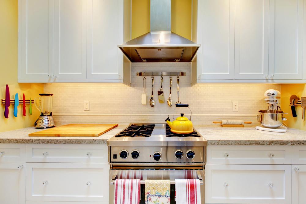 Kitchen-Undercabinet-Lighting-4