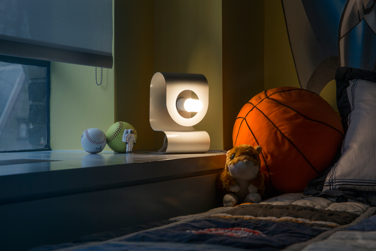 GE Bright-StikLED -is ideal for Kid-Bedroom since it doesn't get hot