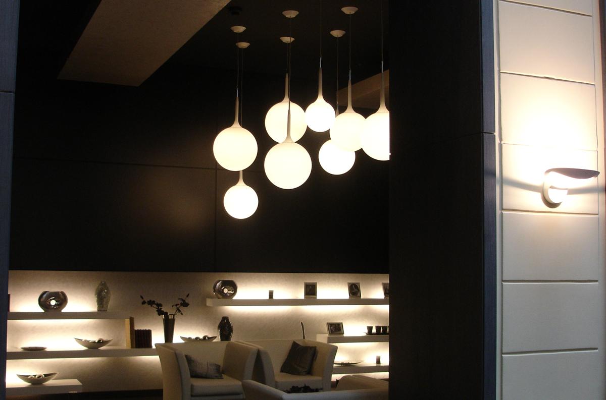 Artemide-Castore-pendant-with-Mesmeri-sconce-Hotel-Zichy-Budapest