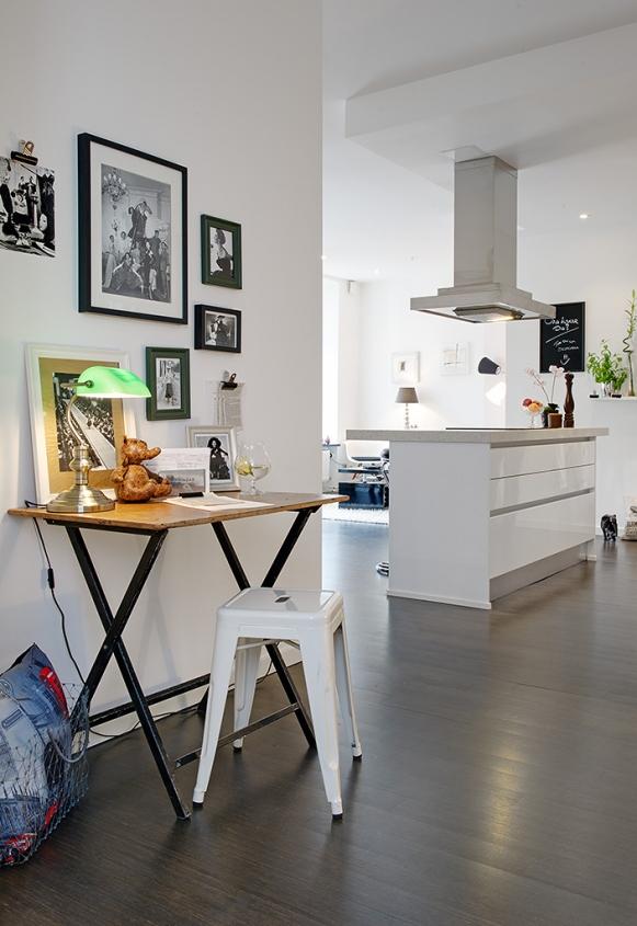 Tiny Home Office Space - via Alvhem