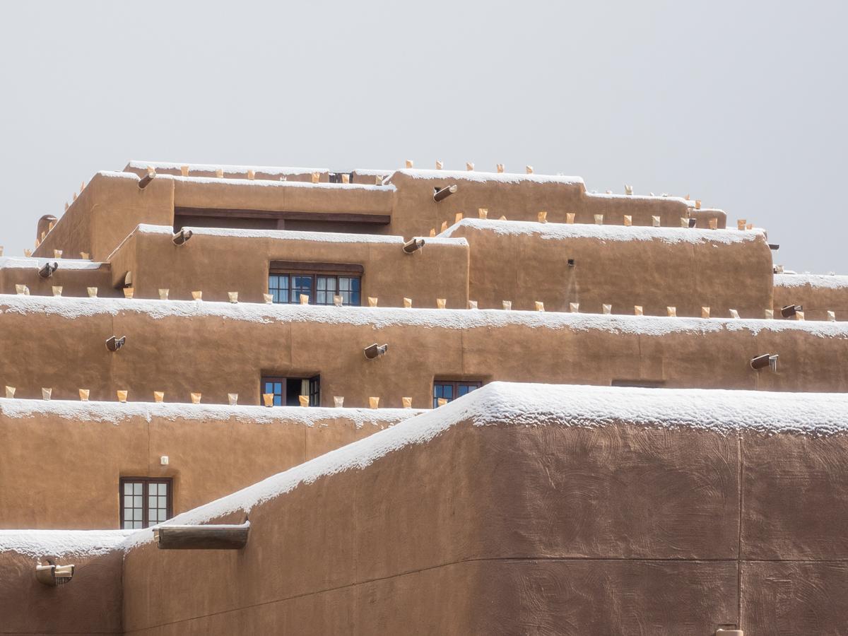 La Fonda Hotel, Santa Fe ready for the Holiday