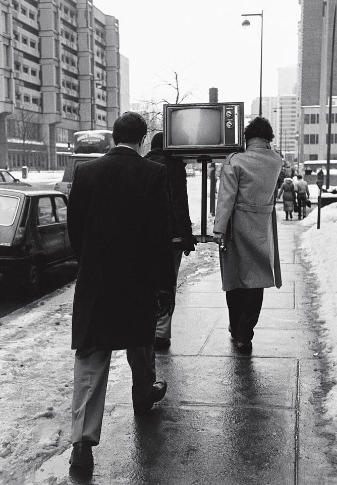 L'enterrement, Montréal 1982