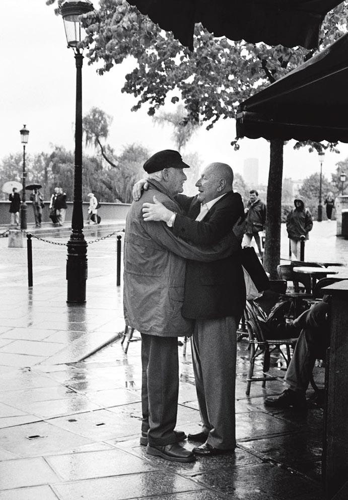 L'accolade, Paris 2001