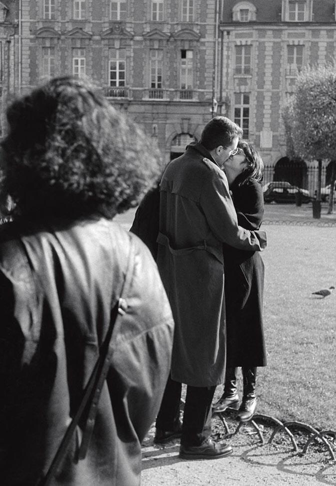 Le baiser de la place des Vosges, Paris 1994