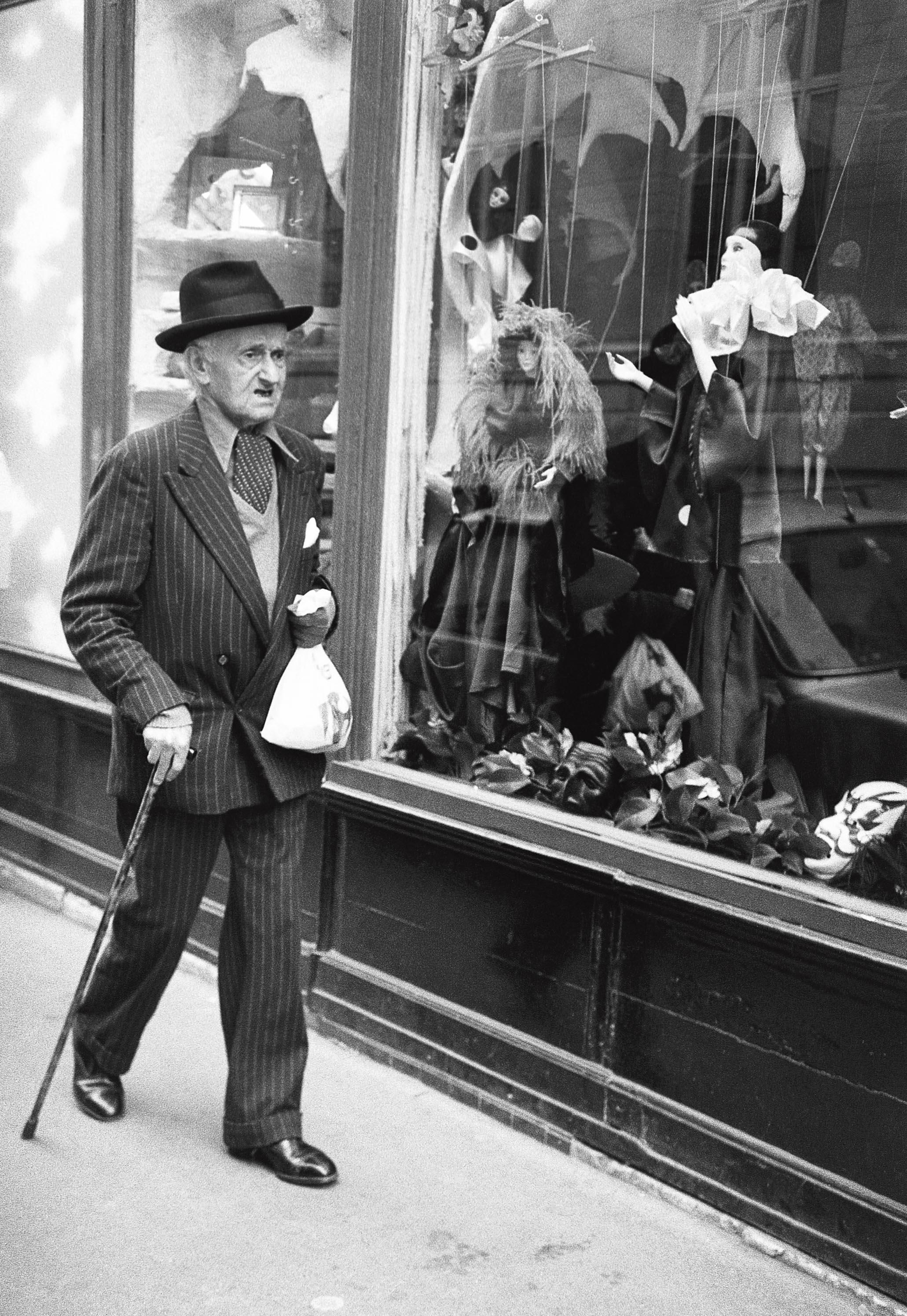 La boutique de marionnettes, Paris 1980