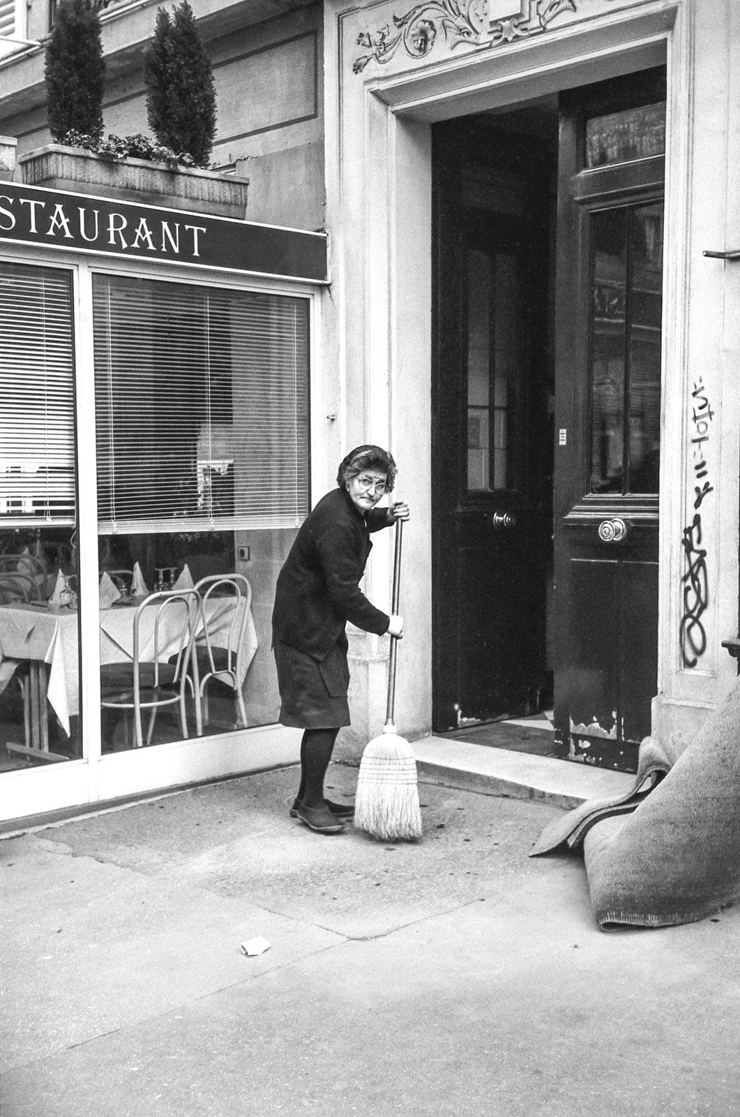 La concierge, Paris 1994