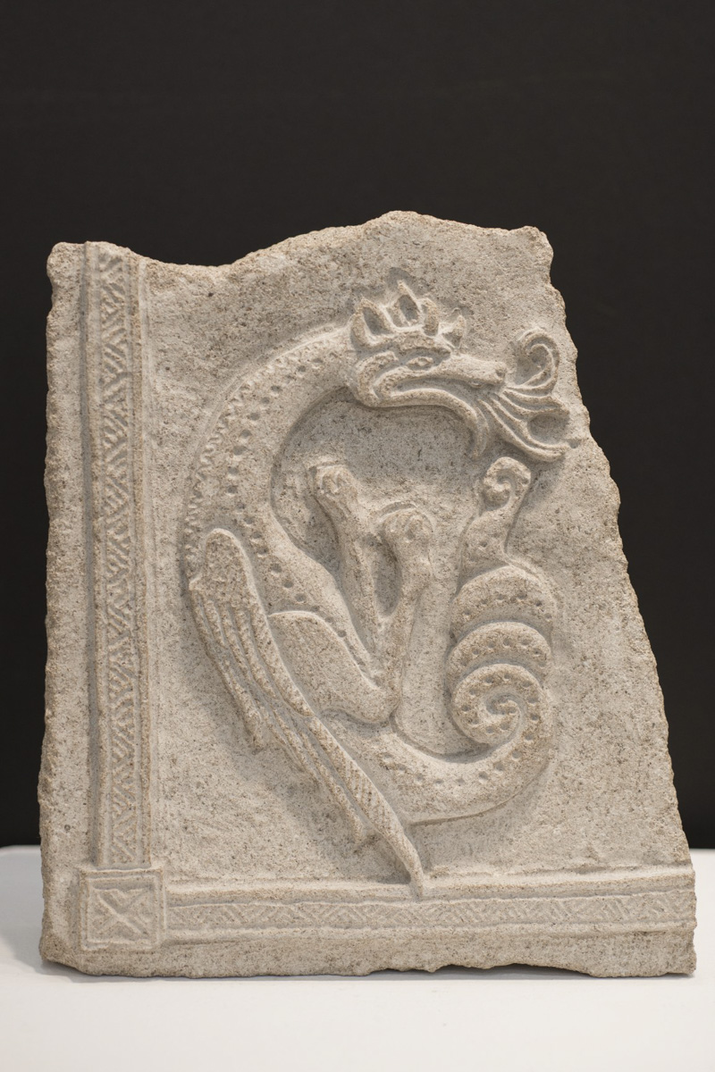 Dragon stone carving by Sidney Bolam of Bohemian Hobbit Studio