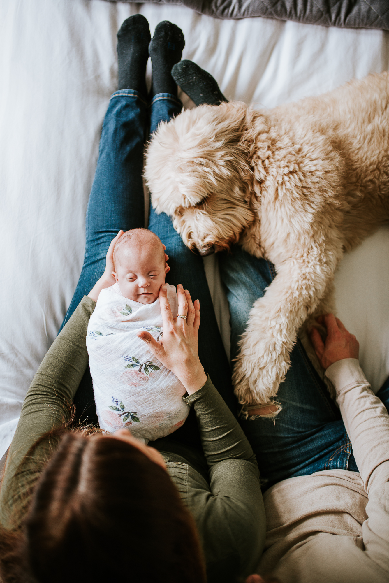 nataliethomasphotography.com-in-home-newborn-session-4519.jpg