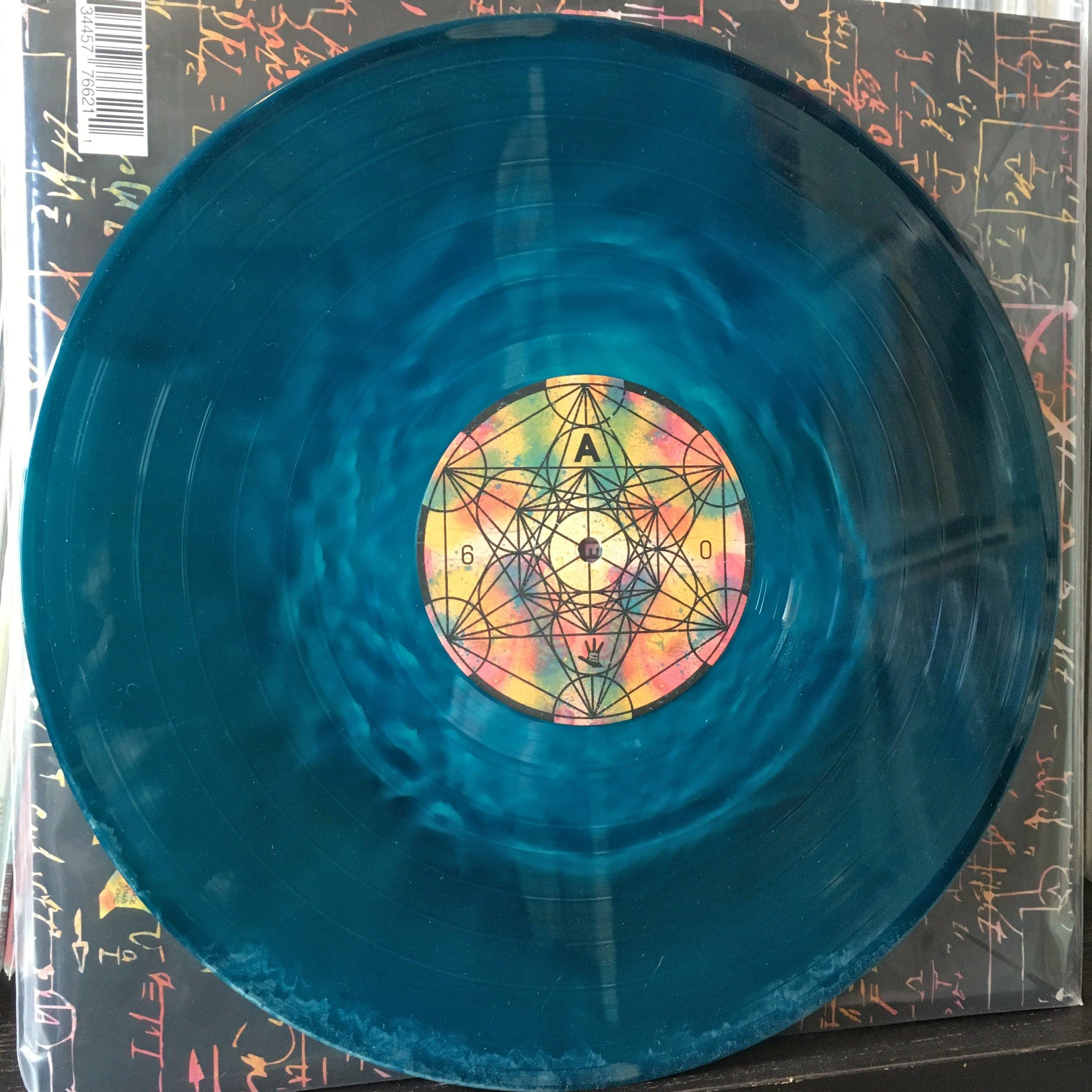 tOoFW_vinyl3.jpg