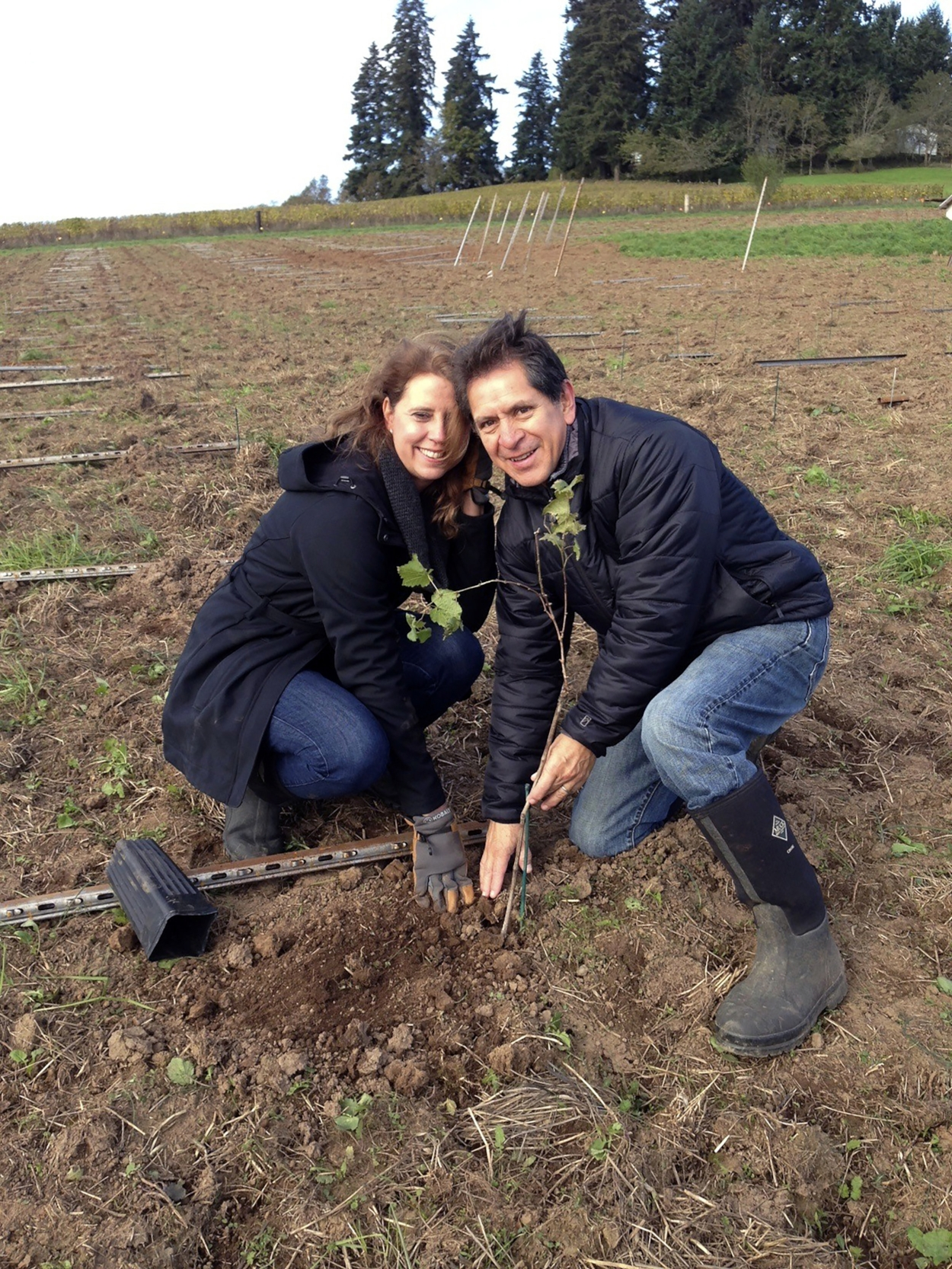 Kerry & Chaly plant their first vine, 2014
