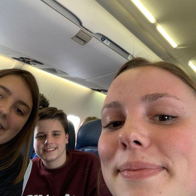 hello!! on our way to NORTH CAROLINAAAAA!!