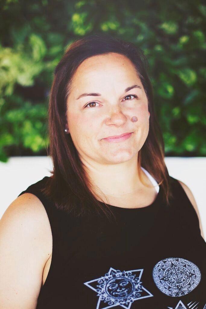 Sarah Lively - REGIONAL DIRECTOR
