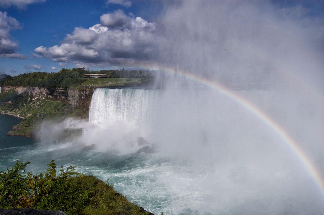 VomvoVisionz_ScottVomvolakis_Niagara2-2.jpg