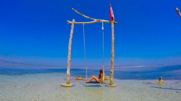 gili-swings.jpg