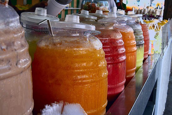aguas_frescas_jars_flickr_pie_.jpg
