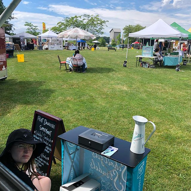 Let's get this party started! All set up at Rennie Park for the @jazzniagara festival all day long! A pretty incredible event with multi stage performances, one of a kind artists and vendors great food and drinks! #comeandgetit #portdalhousie #🌞#viewsfromthetruck
