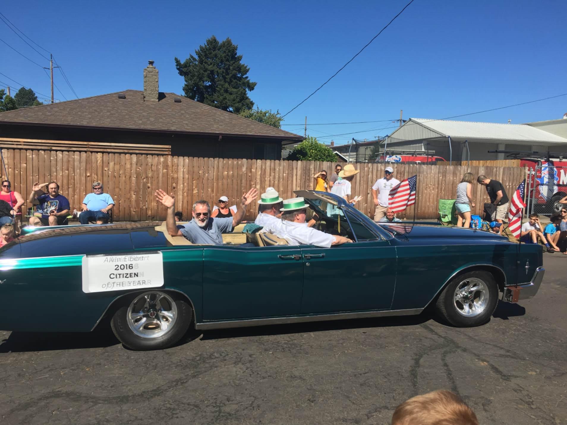 Alvin parade.jpg