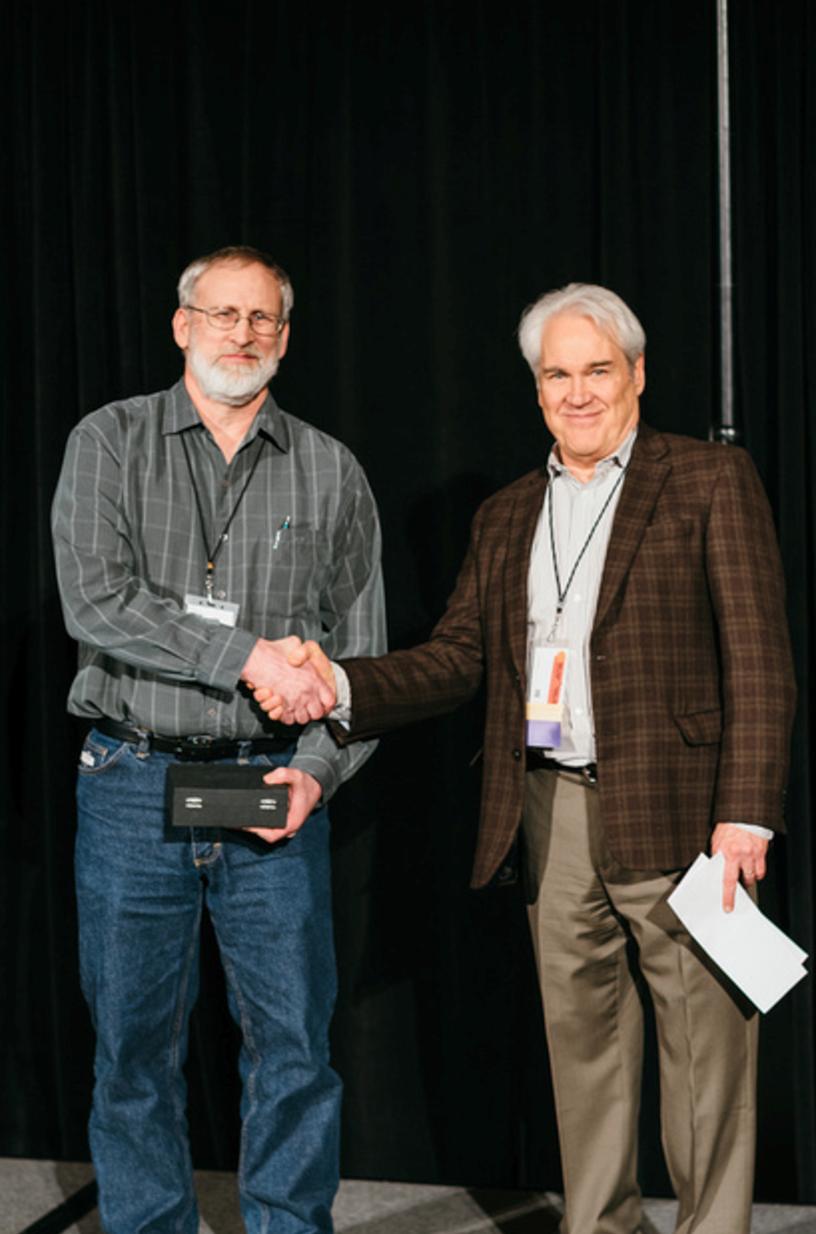Alvin receiving OMEP award 2017.png