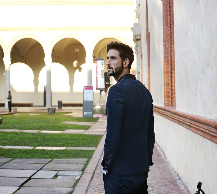 Castello in Suit Milano With Mr Salvatore David Lundin Topmodel Sverige Italy-3.jpg