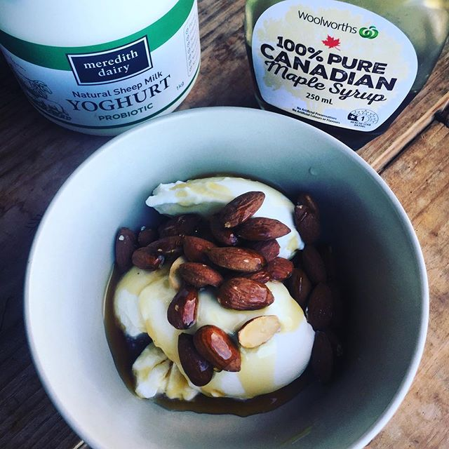 Most divine breaky... Carbs, fat, protein. Simple. Nutritious. Yummy. Ready in 60 secs! 🌸💜🌼 @professionalwhey @skinourishment @rxsmartgear @crossfixe @standorsubmit @barbellsforboobs @bulletproof  @crossfitbyronbay #ketoos #runfordepression #righttoknow #faf #fitasfuck #motivation #determination #discipline #letstalkaboutit #crossfitgames #crossfit  #freedomfloatation #everdaychampion #faithinpossibility #wildwomanwellbeingretreats #authenticityandpuppiesmatter #wildwoman #overfortynkillingit #prettystrong #nevertooold #fun #badass #freedomthrudiscipline #amandaallen www.crossfitbyronbay.com www.amandacrossfitallen.com www.ketobyronbay.com.au