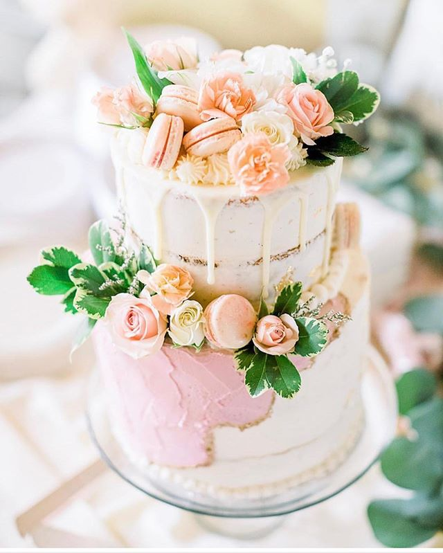 One of my favorite cakes to date! Congratulations @mckenzielynn55 🌸 Be sure to check out @naturalescapephotography and their beautiful work! . . . . . #food, #nom, #foodporn, #sweet, #yum, #dessert, #droolclub, #foodstagram, #foodblog, #eatcake, #buttercreamdreams, #macaron, #🍰, #eats, #hungry, #instafood, #baking, #chocolate, #cakedecorating, #cake, #followme, #cupcakes, #eatdessertfirst, #cakesofinstagram, #foodpics, #passthecake , #foodstyling, #bakery, #dessertporn, #🤤