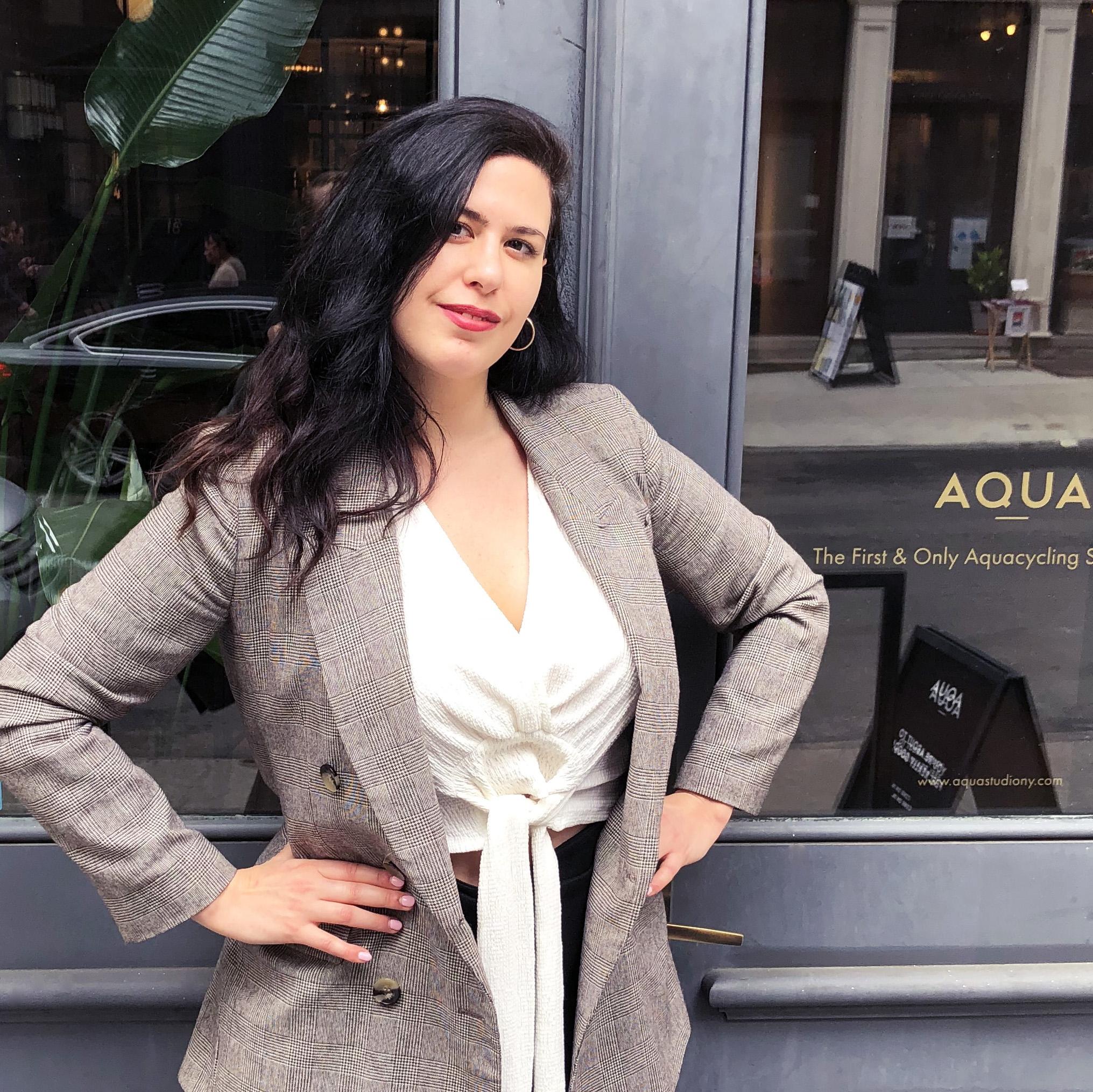 Lisa Basile, Writer